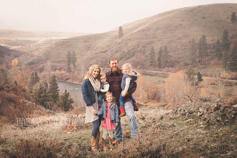 rustic thorp fall family Ellensburg Lifestyle Photographer