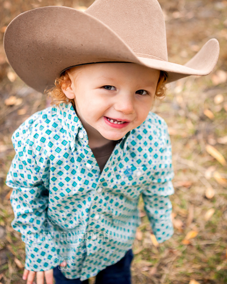 Fall lifesyle family session by Ellensburg Photographer Hailey Haberman with Russ and Danae photo of little cowboy