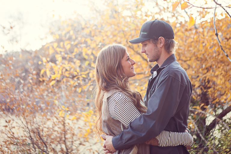 fall engagement session in Ellensburg WA by Hailey Haberman