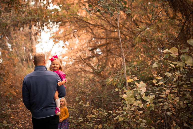dad holding toddler, Rustic fall lifestyle family session captured by Hailey haberman in Ellensburg WA