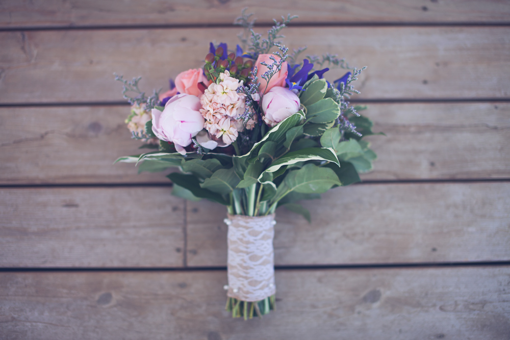 brides bouquet at rustic cle elum wedding at the Cattle Barn - by Hailey Haberman Photography