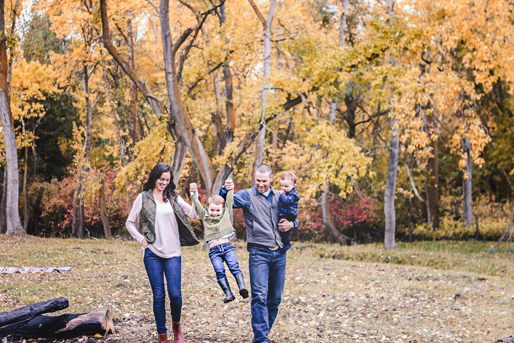 fall family walking with small children - ellensburg family photographer