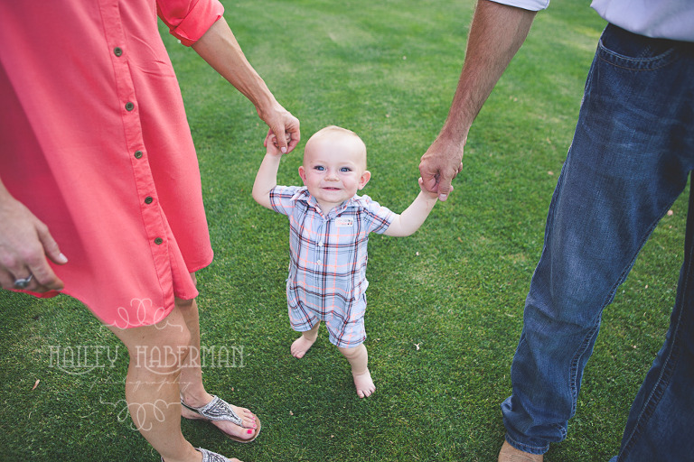 One Year Old Chale with parents in candid lifestyle session by Ellensburg Baby Photographer Hailey Haberman