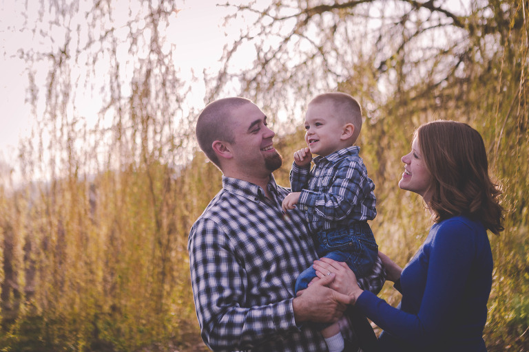 Spring LIfestyle Maternity session with Kyle and Nicole by Hailey Haberman Ellensburg Newborn Photographer